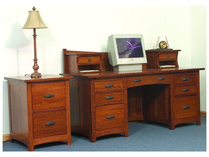 Amish Oakwood Desk